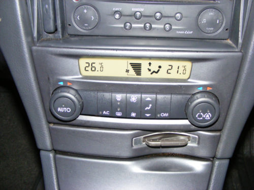 Renault Laguna 2 with climate control